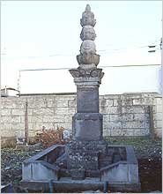 照片:庆寿院的坟墓